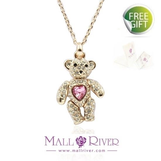 Picture of Mall River Bear with Little Rose Heart Necklace