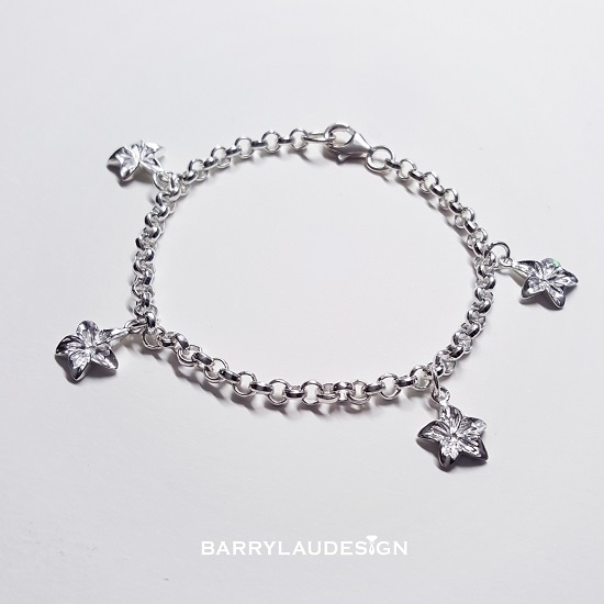 Picture of Barry Lau Design - 'Flowers' Charm Silver Bracelet