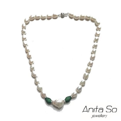 Picture of Anita So Fancy Pearl Necklace (green beads)